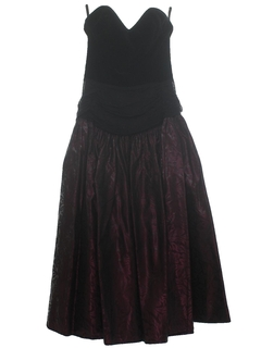 1980's Womens/Girls Velvet Prom Or Cocktail Dress