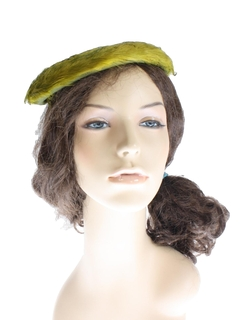1940's Womens Accessories - Feathered Hat