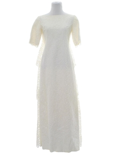 1970's Womens White Wedding Dress