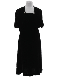 1960's Womens Velvet Cocktail Dress