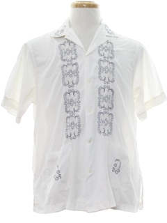 1960's Mens Embroidered Guayabera Sport Shirt