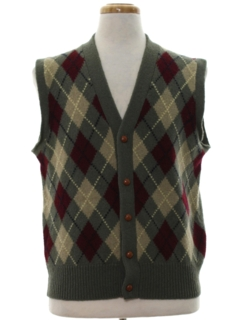 1980's Mens Mod Preppy Argyle Sweater Vest