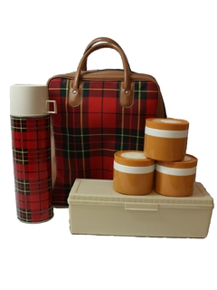 1970's Home Decor - Picnic and Thermos Set