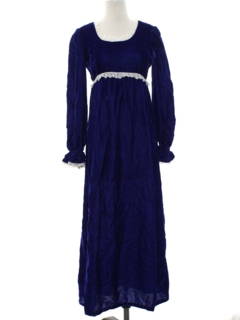 1970's Womens Cocktail or Prom Velvet Maxi Dress