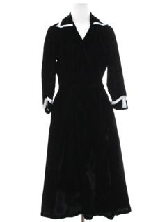 1950's Womens Fab 50s Velvet Dress