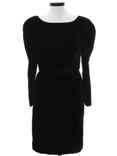 1970's Womens Velvet Wiggle Cocktail Dress