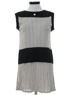 1960's Womens Mini Mod Shift Dress