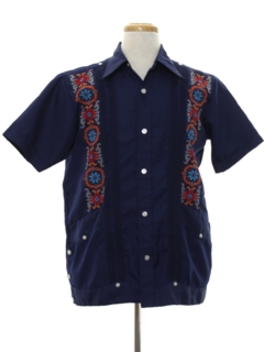 1970's Mens Embroidered Guayabera Shirt
