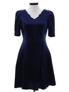 1990's Womens Velvet Prom Or Cocktail Dress