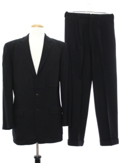 1970's Mens Mod Classic Wool Suit
