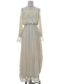 1970's Womens Wedding Dress