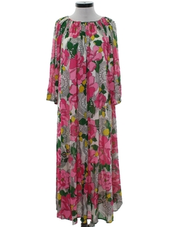 1970's Womens Hawaiian Inspired Muu Muu Style Lounge Dress
