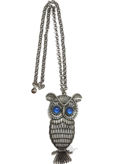 1970's Unisex Accessories - Owl Medallion Necklace