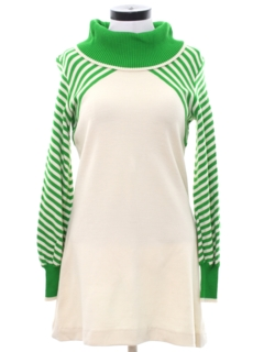 1960's Womens A-Line Mod Knit Go-Go Style Mini Dress