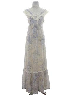 1970's Womens Victorian Style Prairie Maxi Dress