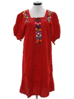 1980's Womens Embroidered Mexican Style Hippie Dress