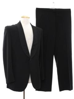 1960's Mens Mod Tuxedo Suit
