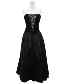 1980's Womens Designer Totally 80s Goth Prom Or Cocktail Dress