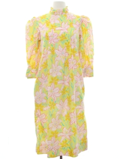 1970's Womens Hawaiian Style Dress