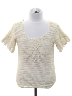 1970's Womens/Girls Crocheted Lightweight Knit Sweater Shirt