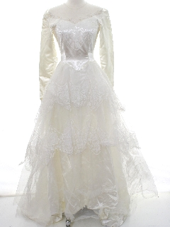 1950's Womens Classic Satin Wedding Dress