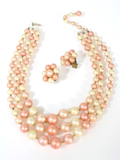 1950's Womens Accessories - Jewelry Necklace And Matching Clip On Earrings