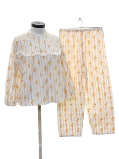 1970's Womens Flannel Pajamas