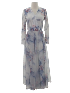 1970's Womens Pow-Flower Maxi Dress