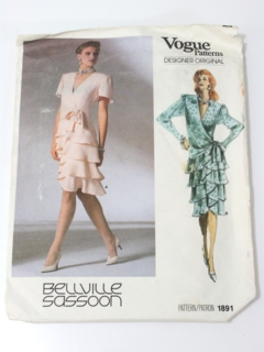 1980's Womens Totally 80s Designer Pattern