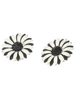 1960's Womens Accessories - Jewelry Mod Clip On Earrings