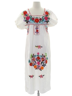 1970's Womens Embroidered Huipil Style Dress