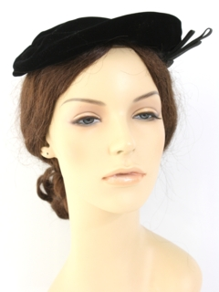 1950's Womens Accessories - Velvet Cap Hat
