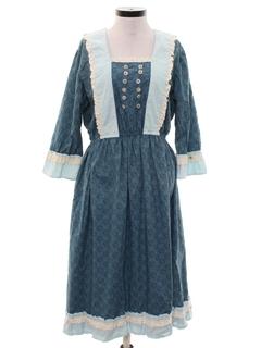 1970's Womens Prairie Dress