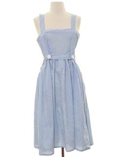 1970's Womens Jumper Style Dorothy Dress