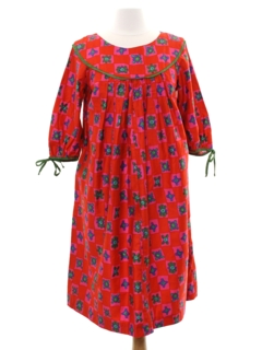 1970's Womens Hippie Lounge Dress