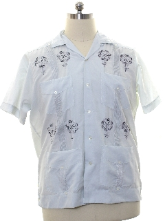 1980's Mens Embroidered Hippie Style Guayabera Shirt