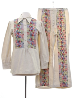 1970's Womens Embroidered Hippie Bellbottom Pantsuit