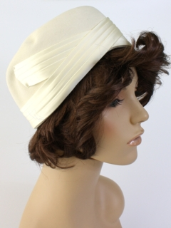 1950's Womens Accessories - Cloche Hat