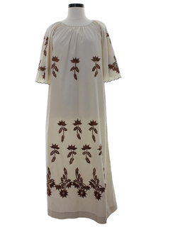 1970's Womens Embroidered Maxi Hippie Dress