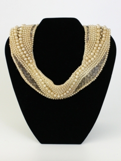 1940's Womens Accessories - Pearl Bib Necklace Collar