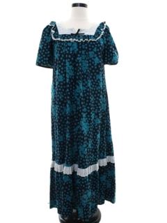 1970's Womens Hawaiian Plantation Style Muu Muu Maxi Dress