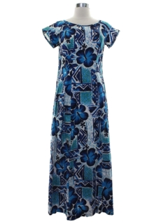 1960's Womens Hawaiian Lounge Style Maxi Dress