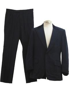 1970's Mens Tuxedo Suit